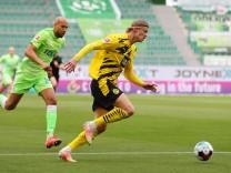 VfL vs. Dortmund, 1. BL Wolfsburg, 24.04.2021, FUßBALL - VfL Wolfsburg vs. Borussia Dortmund, 1. BL, Saison 2020/21, Vo
