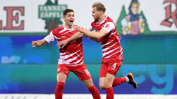 Karlsruher SC v FC Würzburger Kickers - Second Bundesliga