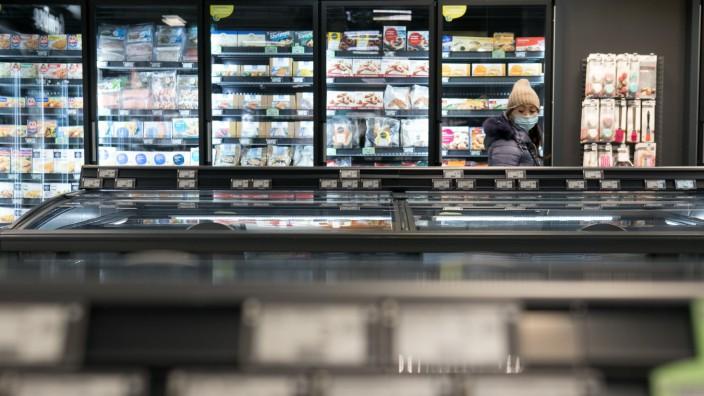 Eröffnung Digitaler Supermarkt, Elisenhof, Luitpoldstraße 3, des Lebensmittelhändlers tegut