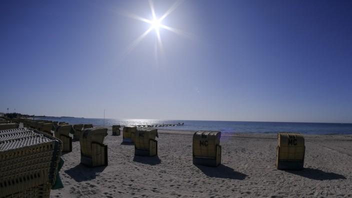 Schleswig-Holstein: Leerer Strand auf Fehmarn