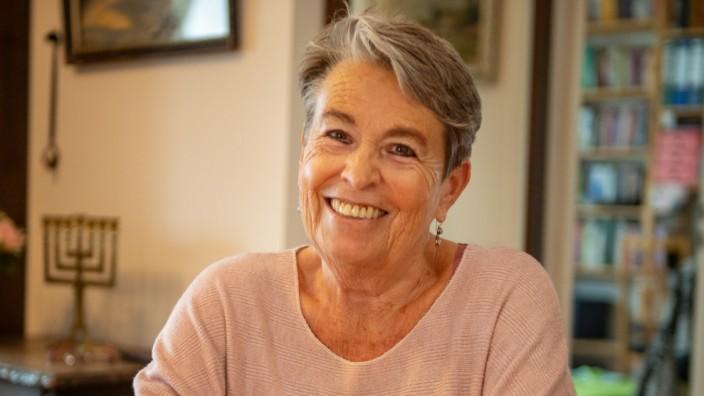 Eva Ehrlich:Vorsitzende Beth Shalom.