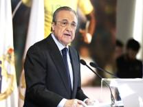 Presentacion de Rodrygo como nuevo jugador del Real Madrid en el Santiago Bernabeu En la imagen F