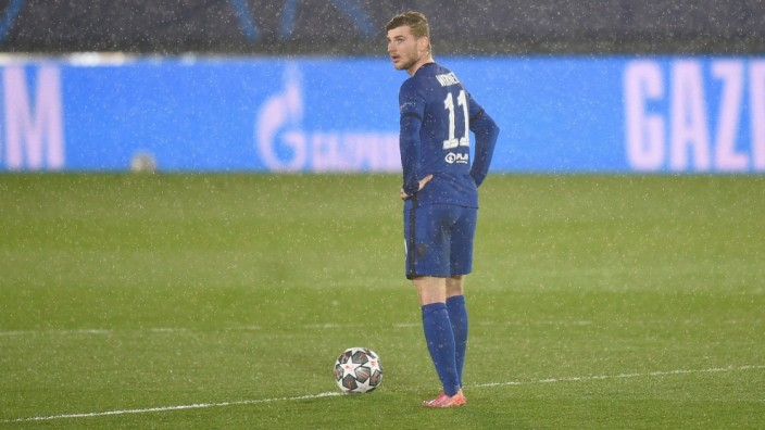 Mandatory Credit: Photo by Bagu Blanco/BPI/Shutterstock (11878321dl) Timo Werner of Chelsea reacts as he awaits the rest; Werner