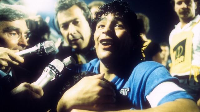 Der SSC Neapel gewinnt den UEFA-Pokal: Diego Maradona; Diego Maradona für SZ-Sportfilm