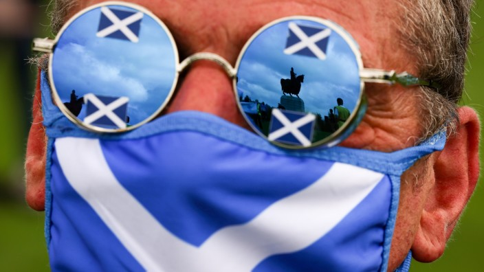 *** BESTPIX *** Rally For Independence Takes Place At Famous Battle Site