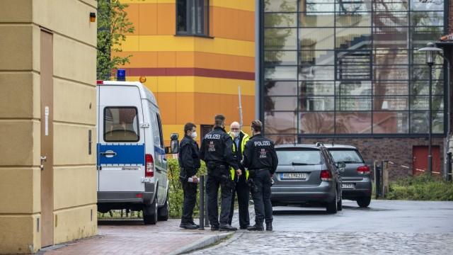 Four Found Dead In Potsdam Clinic