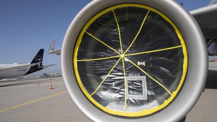 Lufthansa-Maschinen am Boden