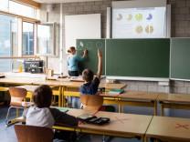 Koalitionsverhandlungen - Neue Lehrerstellen vorgeschlagen