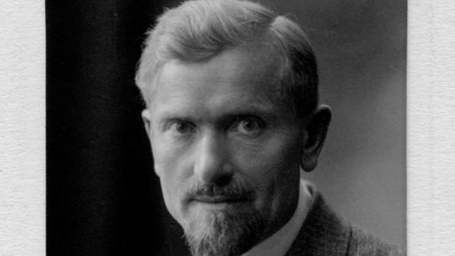 100 Jahre Ickinger Gymnasium - Schulgründer Alfred Vogel und Schüler