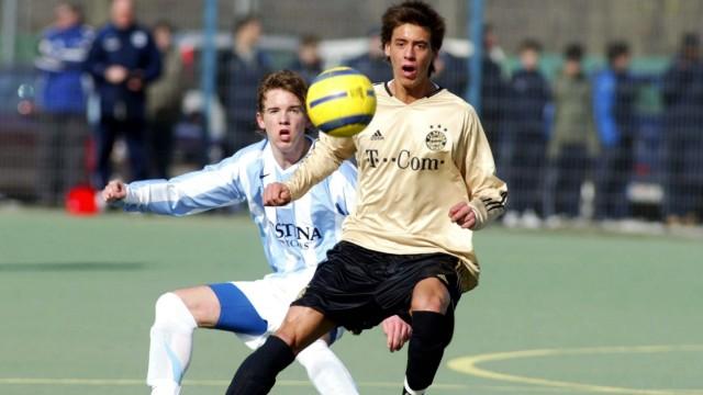 Sandro Wagner (Bayern U19, vorn) gegen Julian Nagelsmann (1860 U19)