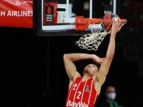 2 Wade Baldwin (FCBB) setzt sich durch, trifft, Treffer, Korb Basketball, EuroLeague, Playoff, FC Bayern München vs. Ol