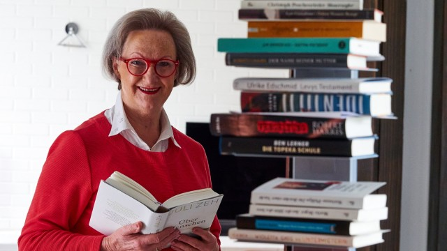 Ulrike Wolz - Literaturexpertin