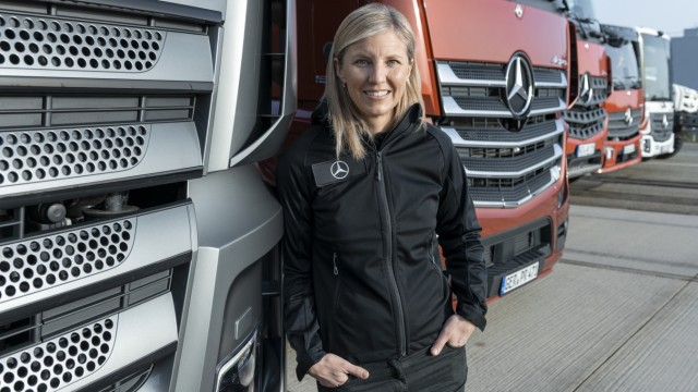 Karin Rådström, Vorstandsmitglied Daimler Truck AG und Leiterin Mercedes-Benz Trucks. // Karin Rådström, Member of the Board of Management of Daimler Truck AG and Head of Mercedes-Benz Trucks.; Karin Radström, Daimler Trucks