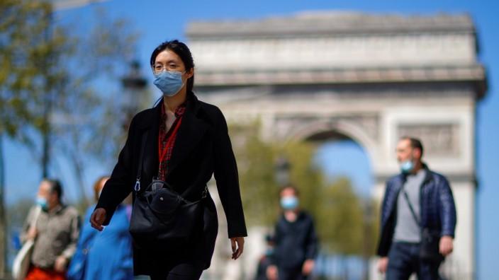 Coronavirus disease (COVID-19) outbreak in Paris