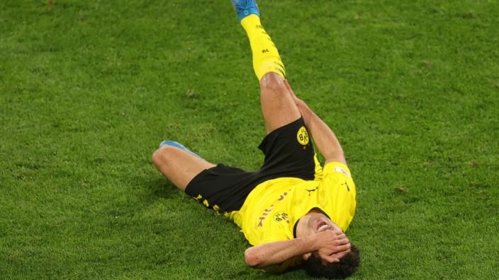 DFB Cup - Semi Final - Borussia Dortmund v Holstein Kiel