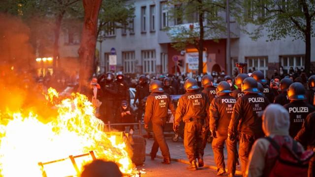 Demonstrationen am 1.Mai in Berlin, Zahlreiche angemeldete Demonstrationen am 1. Mai in Berlin, tausende Demonstranten