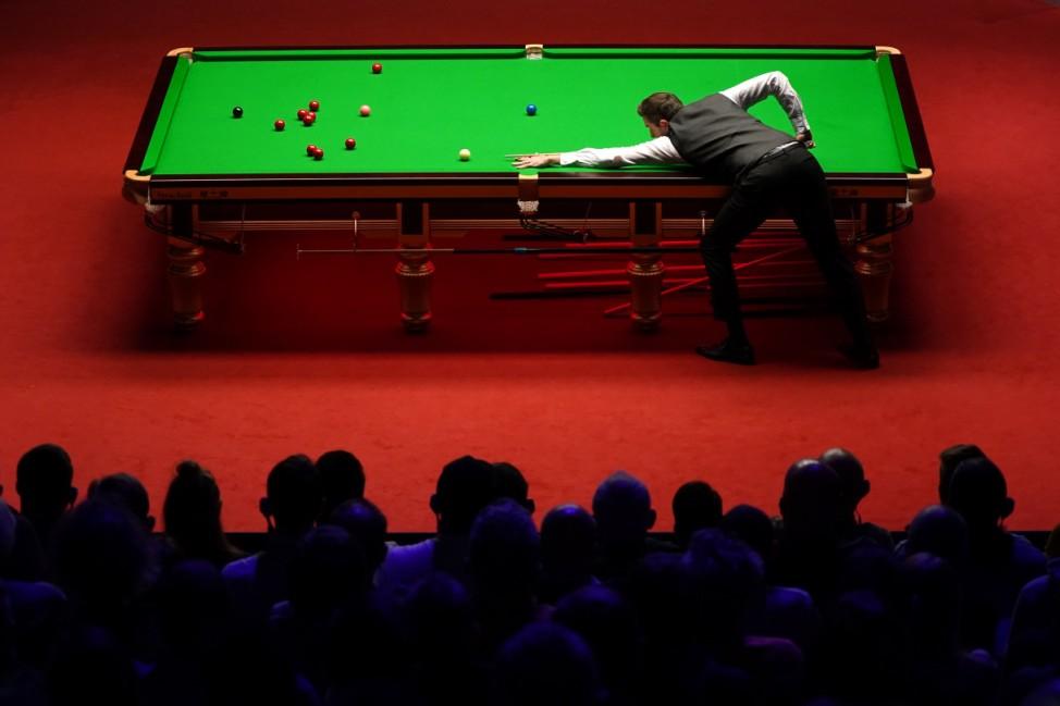 BESTPIX - Betfred World Snooker Championship - Day Sixteen