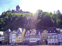 DEU Deutschland Germany Rheinland Pfalz Cochem 01 06 2019 Cochem an der Mosel *** DEU Germany; Radschwerpunkt: Mosel