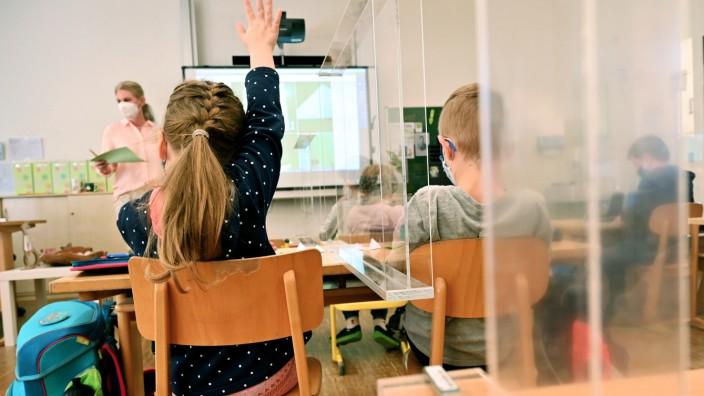 Wiedereröffnung der Grundschulen