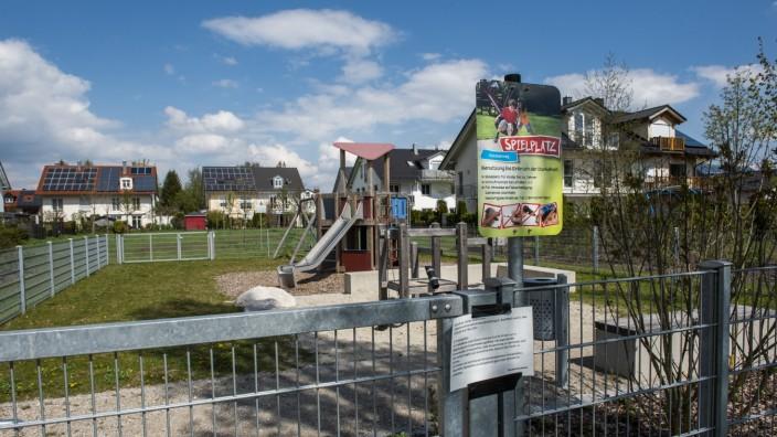 Aschheim, Dornach, Spielplatz am Försterweg,  Foto: Angelika Bardehle