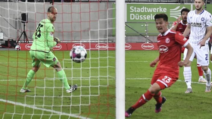 Shinta Appelkamp ( 23, Fortuna Duesseldorf) erzielt das Tor zum 3:1 03.05.2021 Fussball, 2. Bundesliga, Fortuna Duesseld