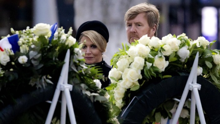 King Willem-Alexander and Queen Maxima open the defile during the National Remembrance Day on Dam Square in Amsterdam,
