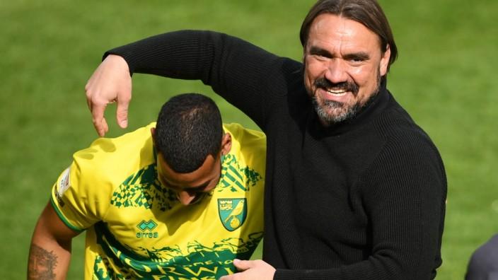 Fußball, Norwich City bejubelt 1. Platz in der Sky Bet Championship  Norwich City v Reading - Sky Bet Championship - Car