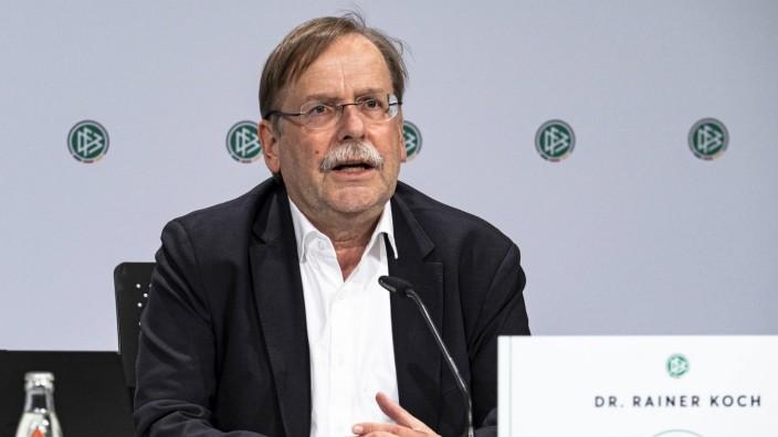 98. (Ausserordentlicher) Bundestag des DFB Das Praesidium des Deutschen Fussball-Bundes hat für Montag, den 25. Mai 202; Rainer Koch