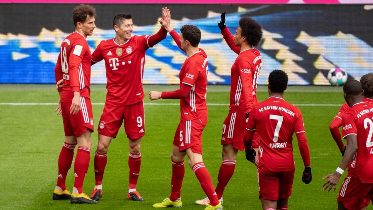 FC Bayern ist zum 31. Mal Deutscher Fußballmeister