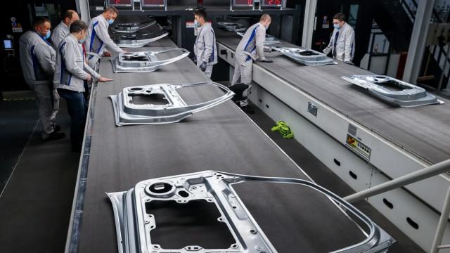 VW nimmt erweitertes Presswerk in Zwickau in Betrieb