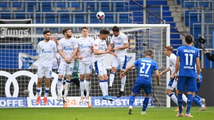TSG Hoffenheim v FC Schalke 04 - Bundesliga