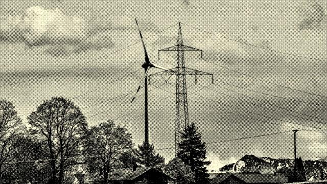 Windrad Hamberg (Bruck) mit Strommasten