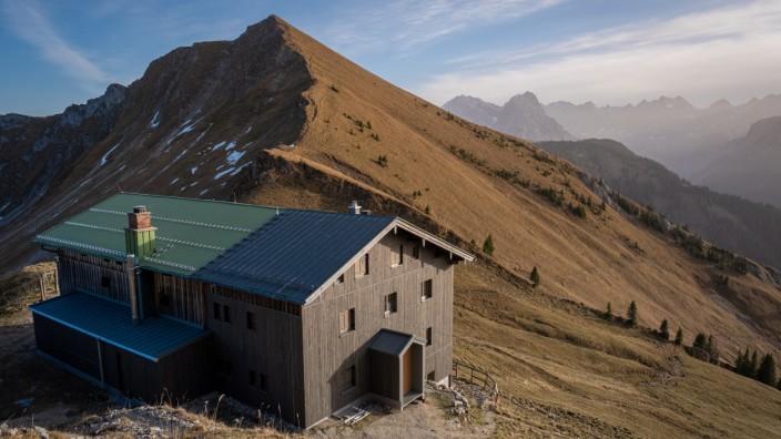 Toelzer Huette neu; Tölzer Hütte am Schafreuter