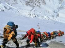 Mount Everest: Am Gipfel der Pandemie