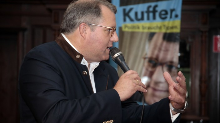 Pullach: BUNDESTAGSWAHL - KVR - Wahlparty Michael Kuffer