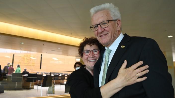 Greens Party Baden-Wuerttemberg Premier Winfried Kretschmann Sworn In For Third Term