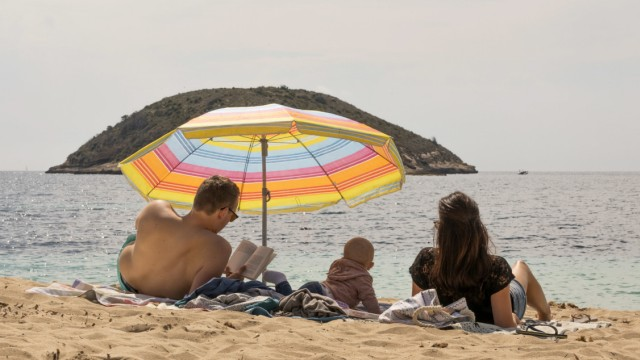 Tourismus - Veranstalter erwarten Reiseboom