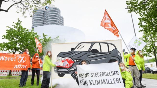 Demonstration vor BMW-Konzernzentrale