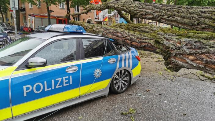 2021; Unfall mit Polizeiauto in Schwabing