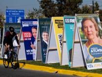 Viel zu wählen in Chile: Am Wochenende geht es um Regionalparlamente, Gouverneure, aber vor allem um eine neue Verfassung.