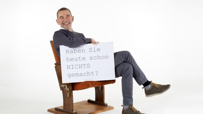 """Martin Liebmann Autor, Verein zur Verzögerung der Zeit, """"Faul zu sein ist harte Arbeit"""", """"Gesellschaft ohne Haltegriffe"""""""