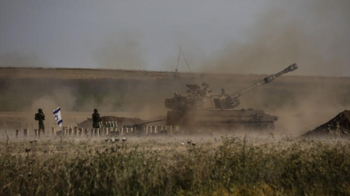 Nahostkonflikt: Israels Artillerie feuert in Richtung Gazastreifen