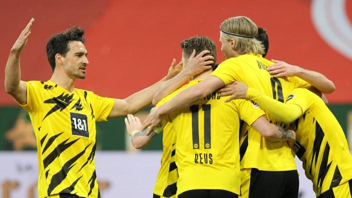 Bundesliga - 1. FSV Mainz 05 v Borussia Dortmund
