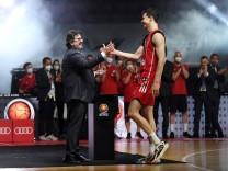 Basketball: Eine Kirsche für den Briefkopf