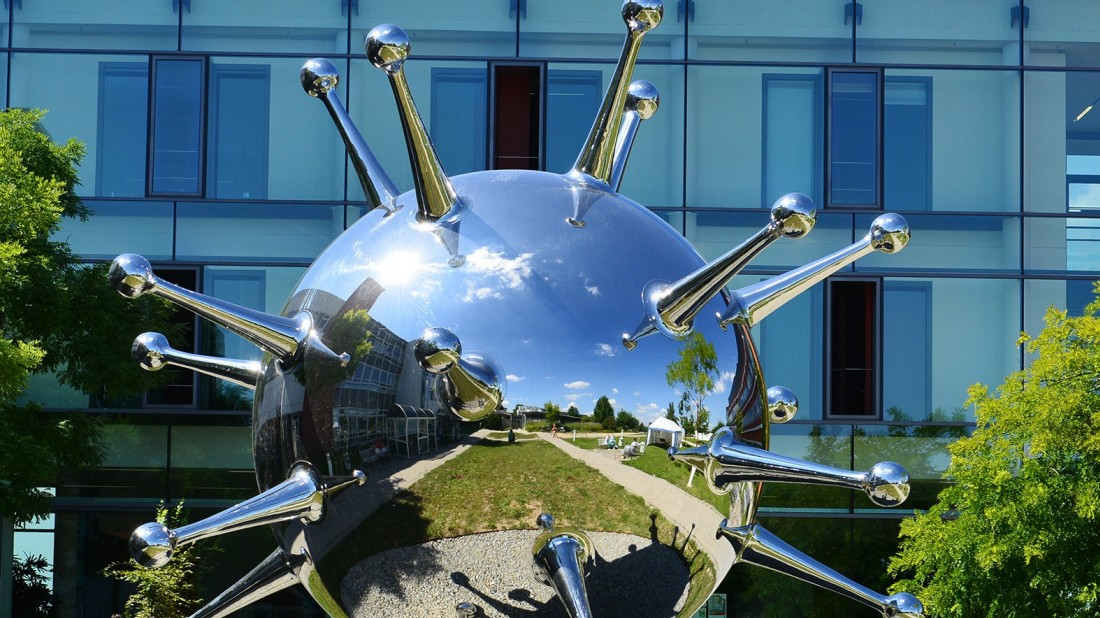 Regensburg: Lemberg-Skulptur erregt Aufsehen