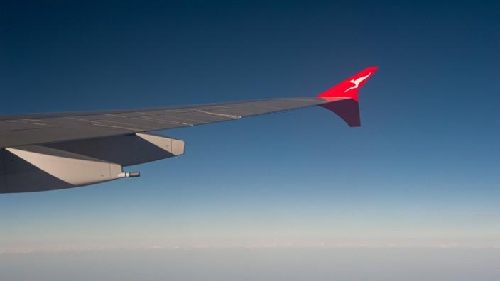 Fluggesellschaft Qantas gibt umfangreichen Stellenabbau bekannt 28.09.2019, Sydney, New South Wales, Australien - Flug