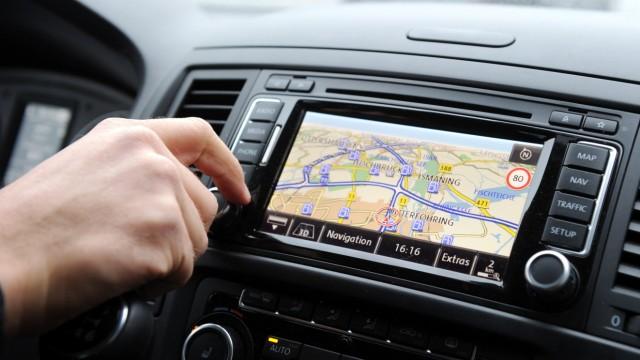 Software-Ausstattung beim Autokauf wichtiger als Motorleistung