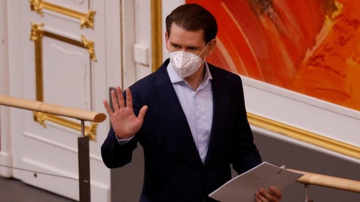 Austrian Chancellor Kurz arrives for a special parliamentary session in Vienna