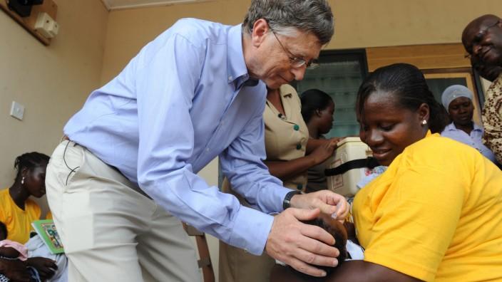 GHANA-US-AID-HEALTH-PEOPLE-GATES