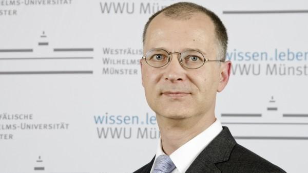 Professor Olaf Blaschke